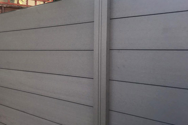Composite-fencing-close-up-of-project